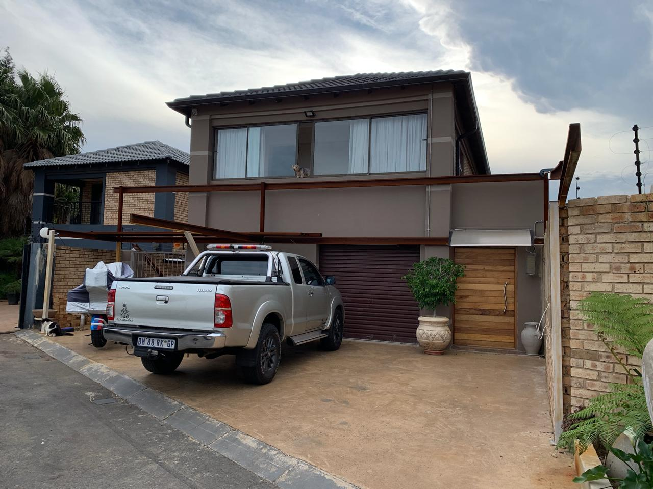 Harvey Tiles_Competitor_SA's Leading Thatch Tile Solution_Fiddler Roofing Products_Caps projects and maintenance